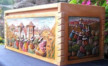 Bienno: esposizione di mobili andini